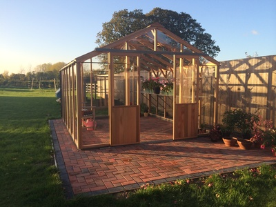 Alton Evolution Ten 10 x 12 Cedar Greenhouse