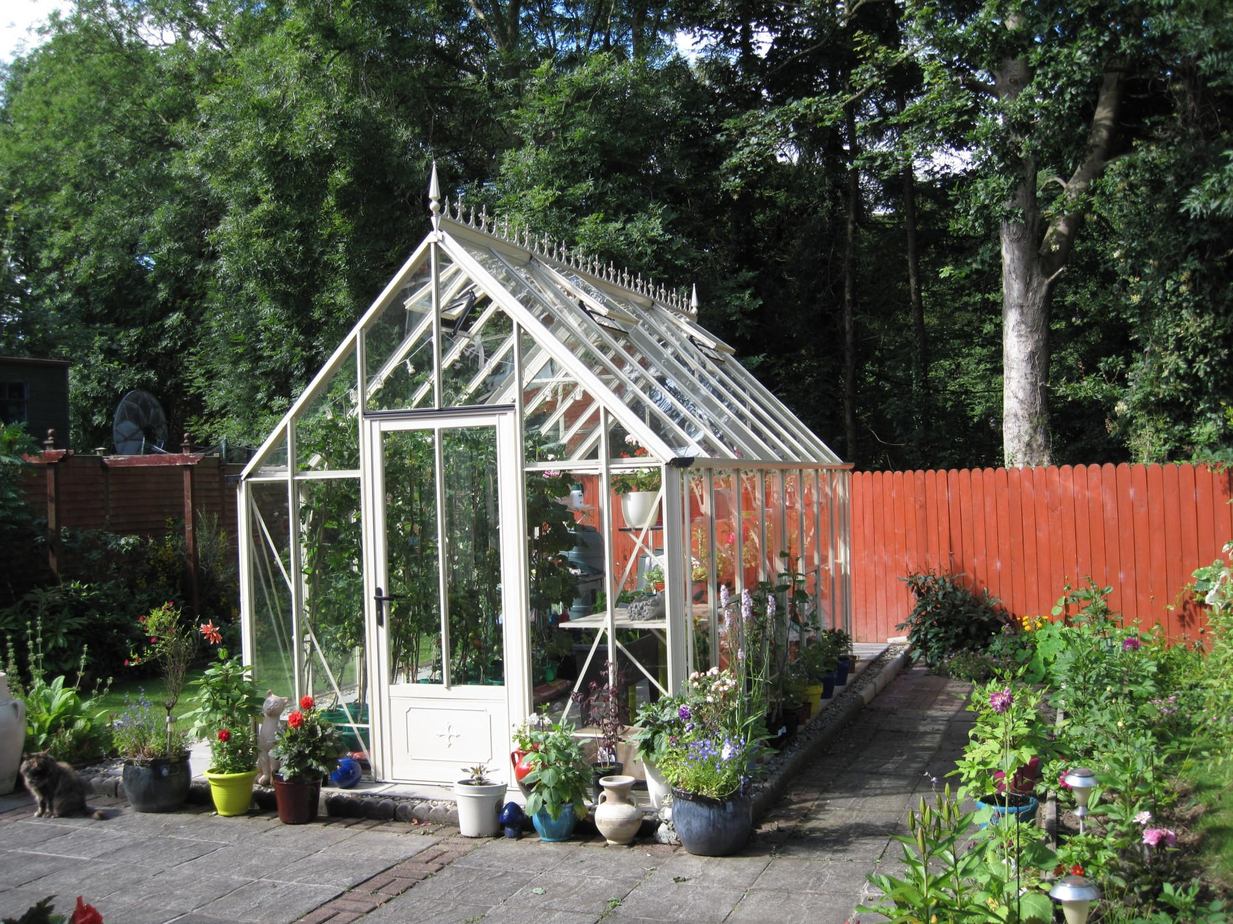 Victorian ratcliffe ivory greenhouse 8 39 6 x 16 39 9 for Victorian style greenhouse
